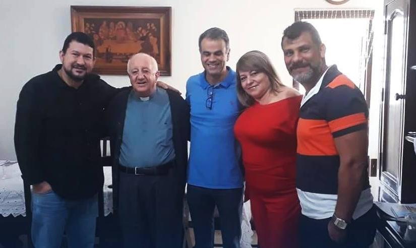 Entrega dos convites para a posse do novo bispo da Diocese de NovaIguaçu